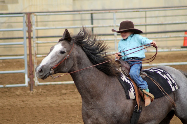 Youth running the barrel race at the Sheridan Elk's Youth Rodeo