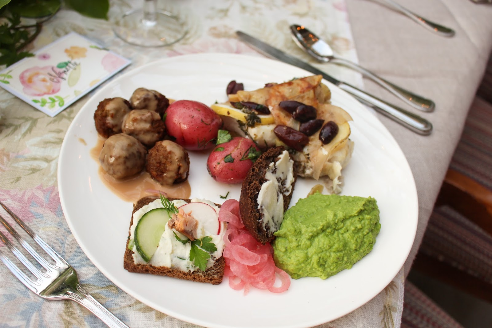 Midsummer Party - A Fragrant & Tasty Soirée - Aimee Ferre