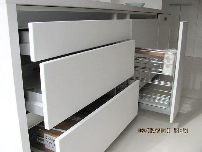 Amobla tu cocina muebles de cocina for Amoblamientos de cocina a medida precios