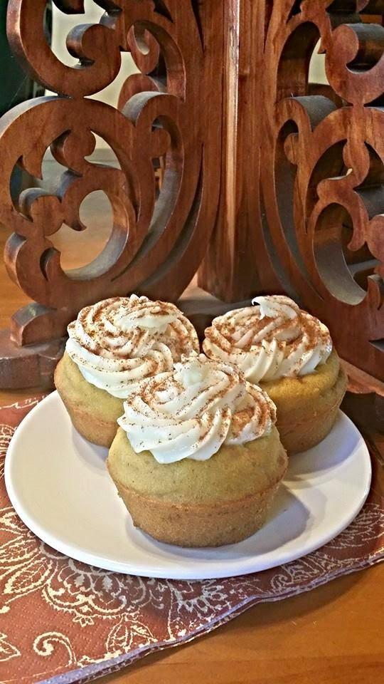 Clean Eating Cream Cheese Pumpkin Cupcakes