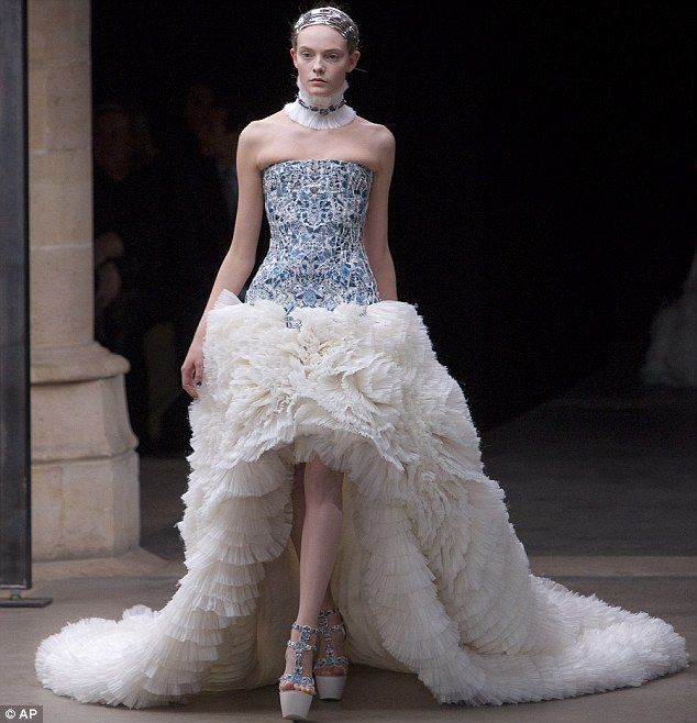 Sarah Burton Mcqueen Wedding Dress