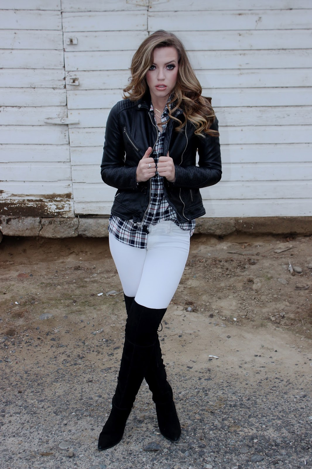 Hanna Nicole: White and Plaid