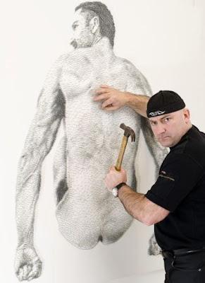 Lukisan Dari Paku