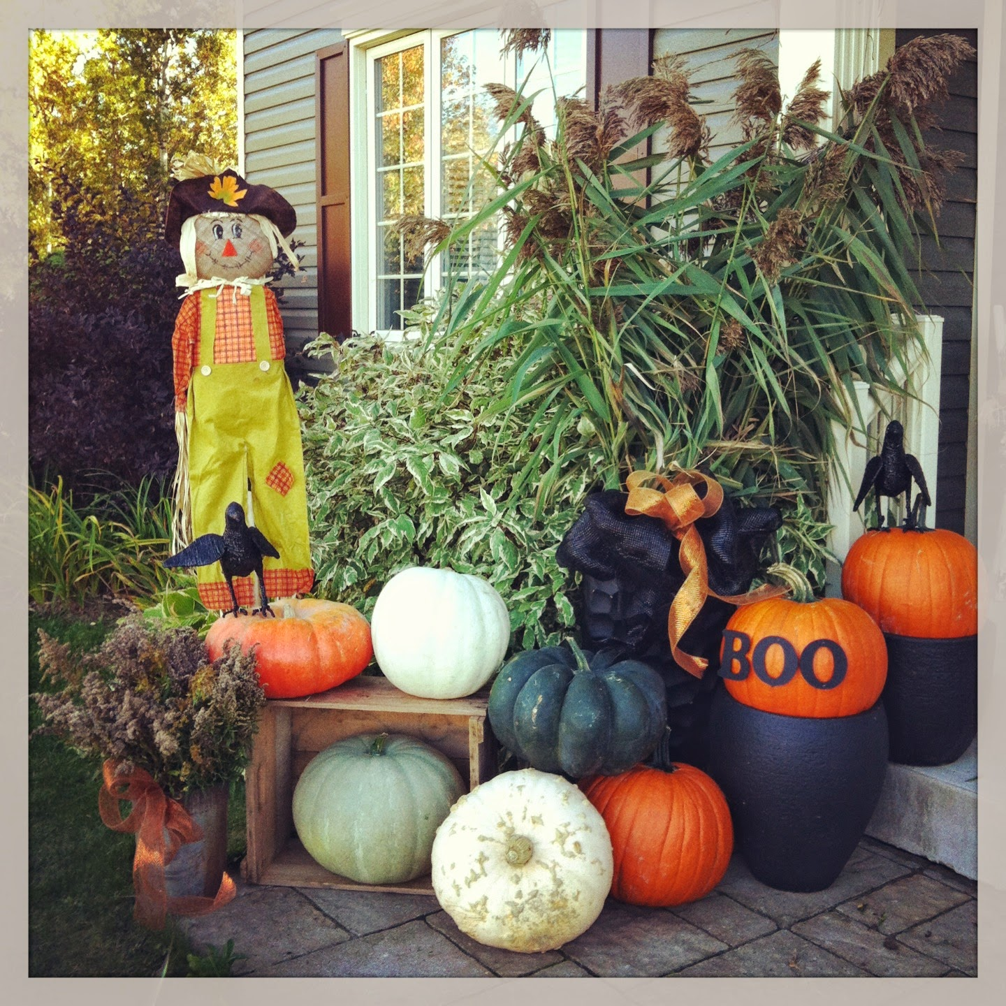 Outdoor halloween decorating ideas pinterest instant for Pinterest halloween outdoor decorations