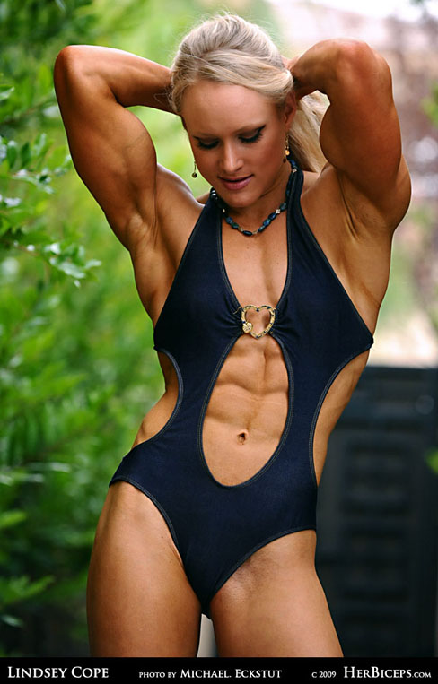 Cool Female Bodybuilders