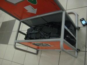 Misure valigie per viaggi in aereo hardware upgrade forum - Bagaglio a mano easyjet cosa si puo portare ...