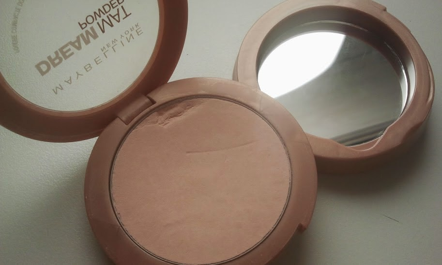 Maybelline-Dream-Mat-Powder-open