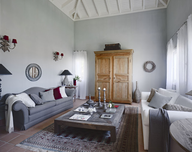 Provenzal frances french provence for Decoracion salon con sofa gris