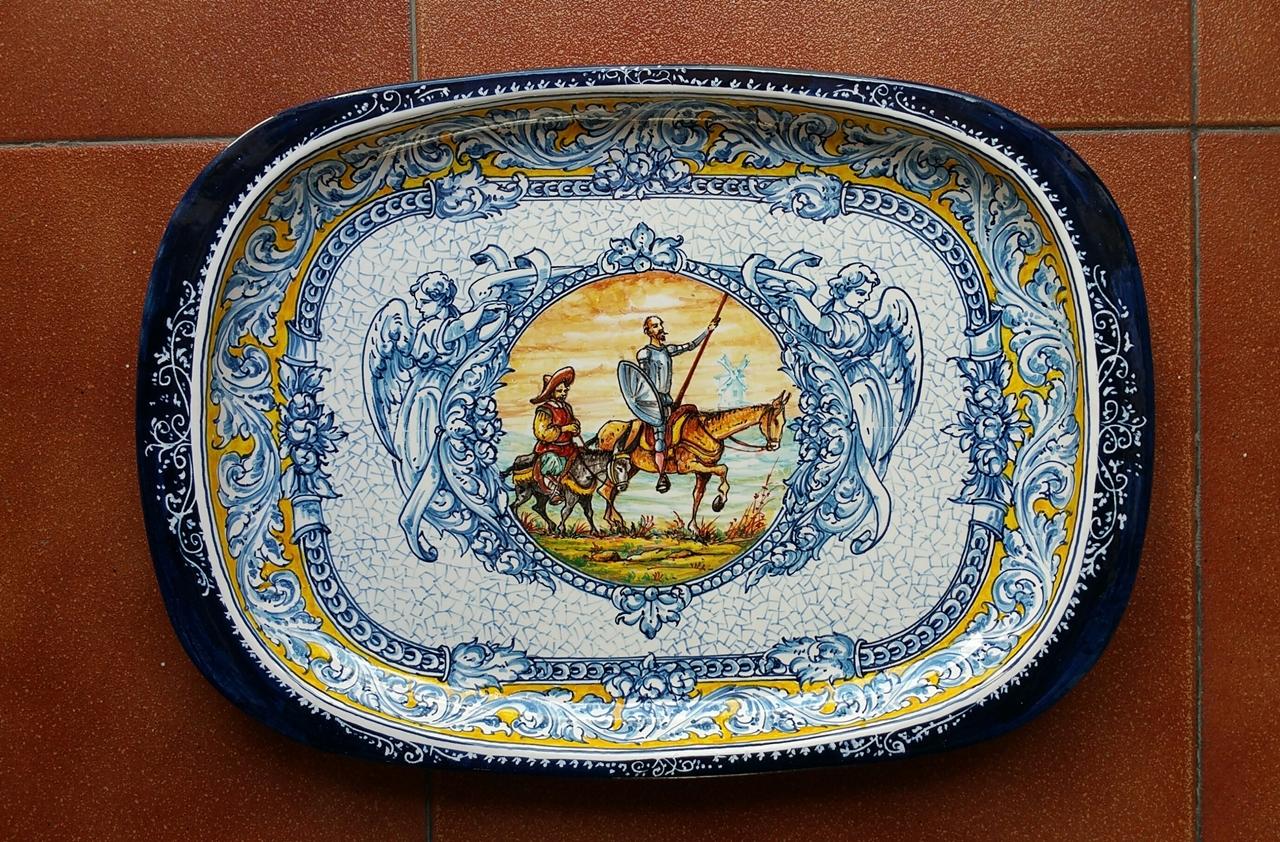 Exposicion artesania de espa a ceramic from toledo for Artesanias de espana