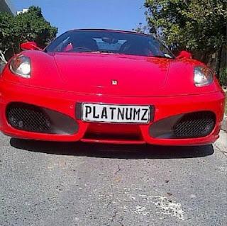 ya Kifahari (Ferrari) likiwa na Plate Number yenye jina lake Diamond
