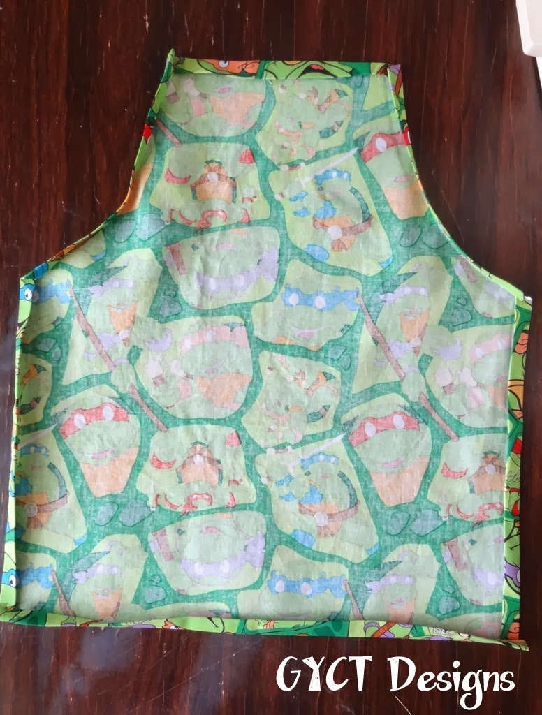 Kids Apron Tutorial & Free Pattern by GYCT