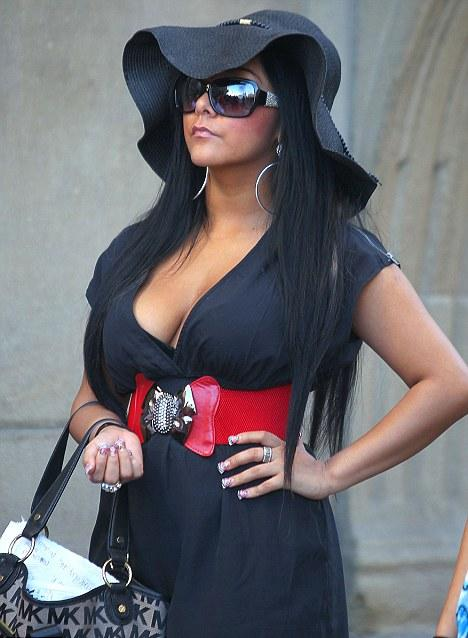 jersey shore italy pictures. jersey shore italy snooki.