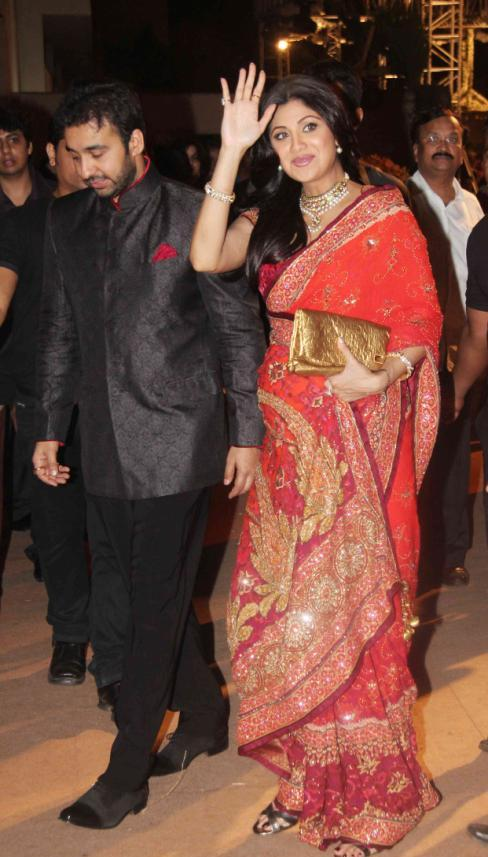 Shilpa Shetty 1 - Pregnant Shilpa Shetty at Dheeraj Deshmukh Wedding Reception
