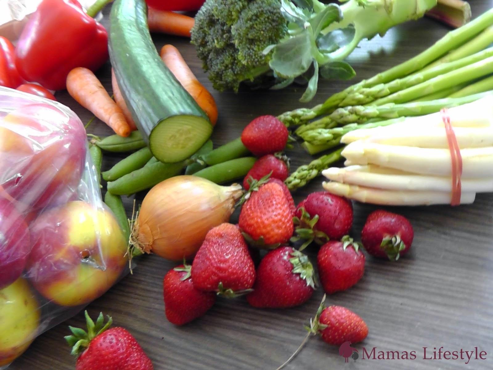 saisonal und regional: Spargel, Erdbeeren, Zwiebel, Gurke, Äpfel