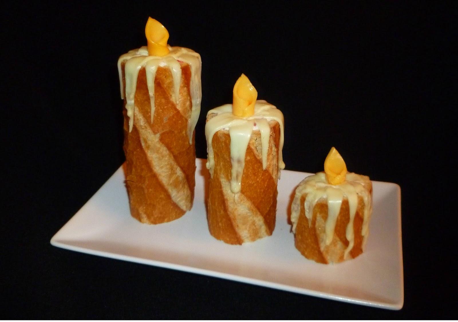 Velas de pan con queso y salami