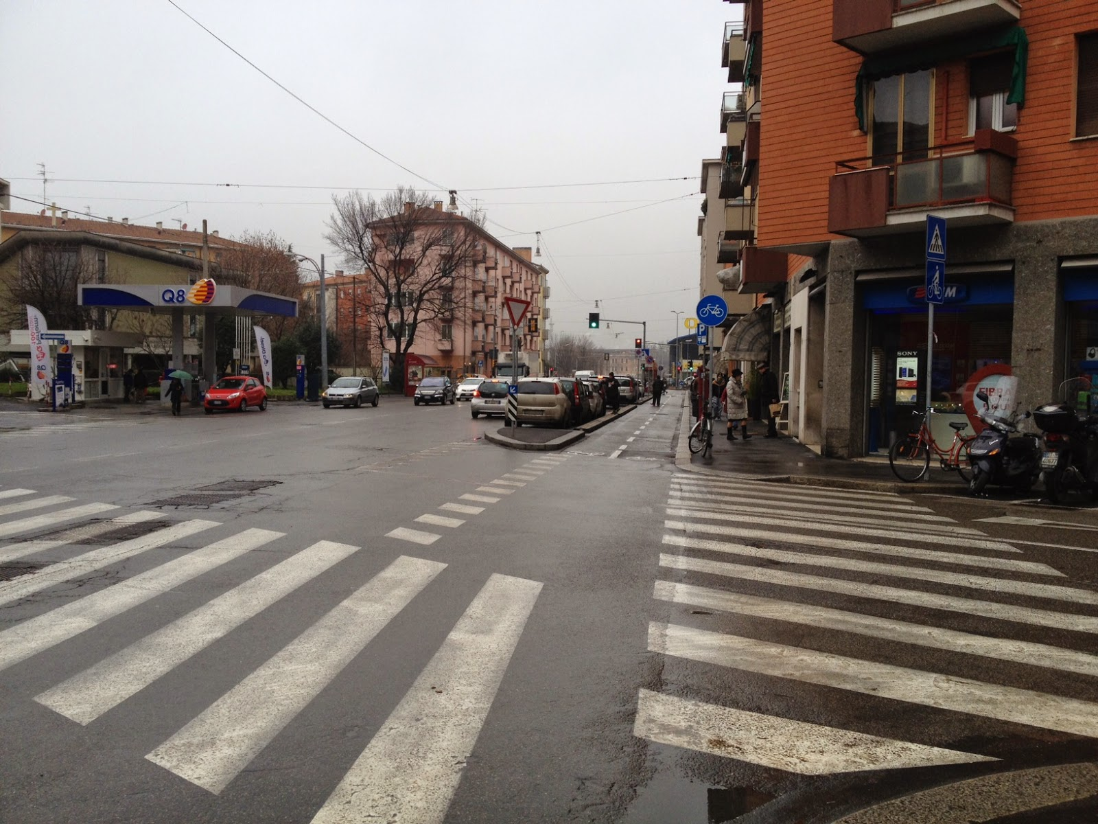 Roma fa schifo ciclabili leggere ecco come fanno a for Arredo urbano roma
