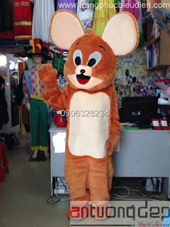cho thuê mascot chuột jerry