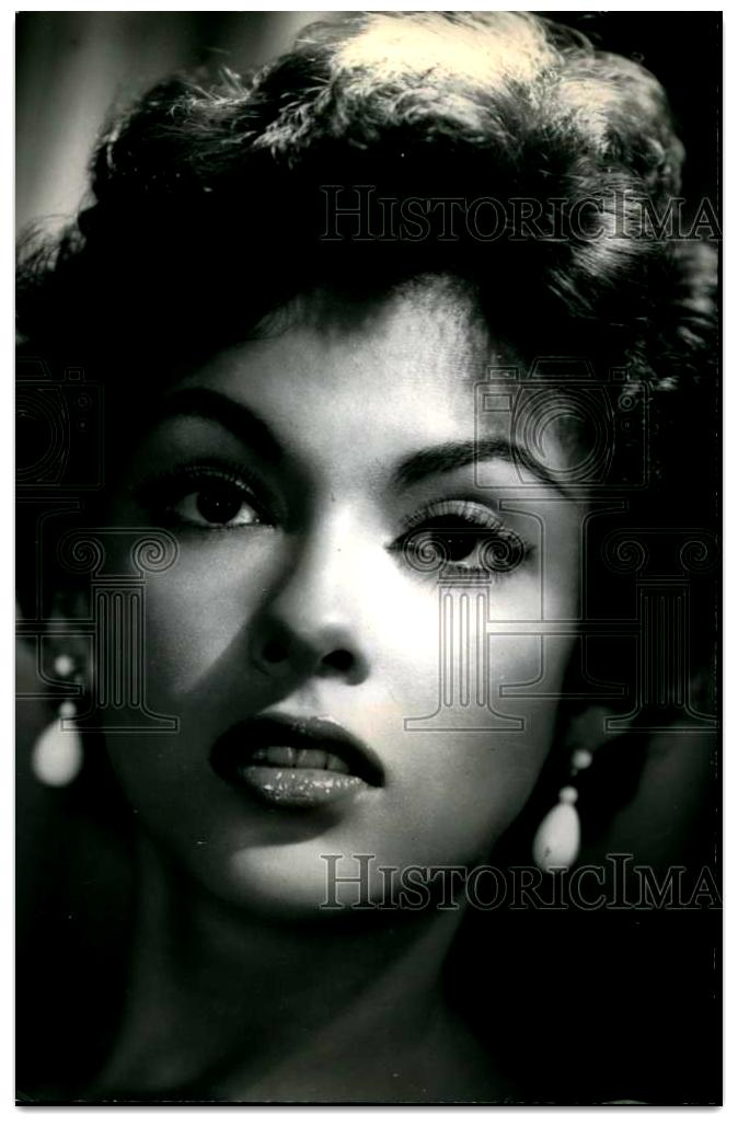 West Side Story At 50 Great Photos And A Mysterious Absence likewise Rita Moreno also Rita Moreno moreover 6596 furthermore Supporting Ranking 100 Nominees. on oscar best picture west side story 1961