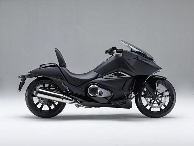 Honda NM4-Vultus, Motor Skuter Masa Depan | Foto | Spesifikasi