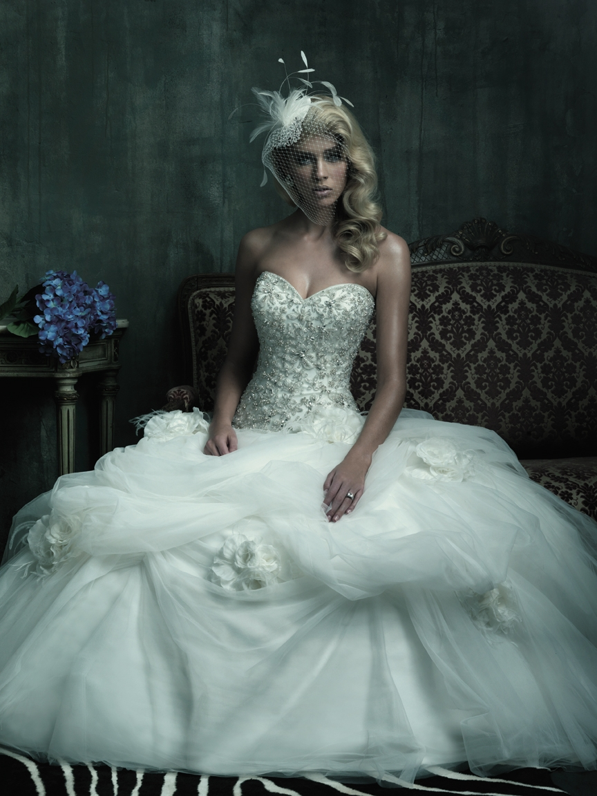 weddingmoment: Remember The Dos And Don\'ts When Choose Wedding Dress
