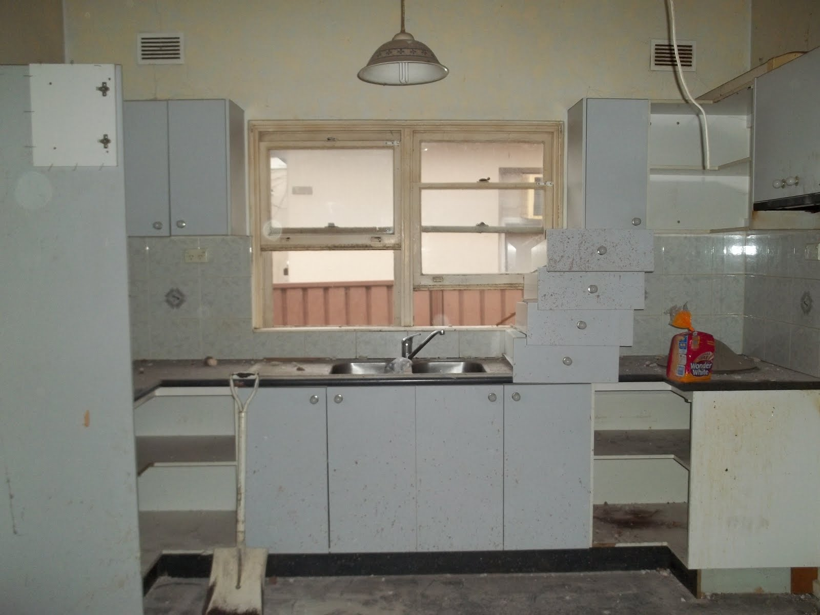 An easy tutorial on how to build stained open kitchen for Blank kitchen wall ideas