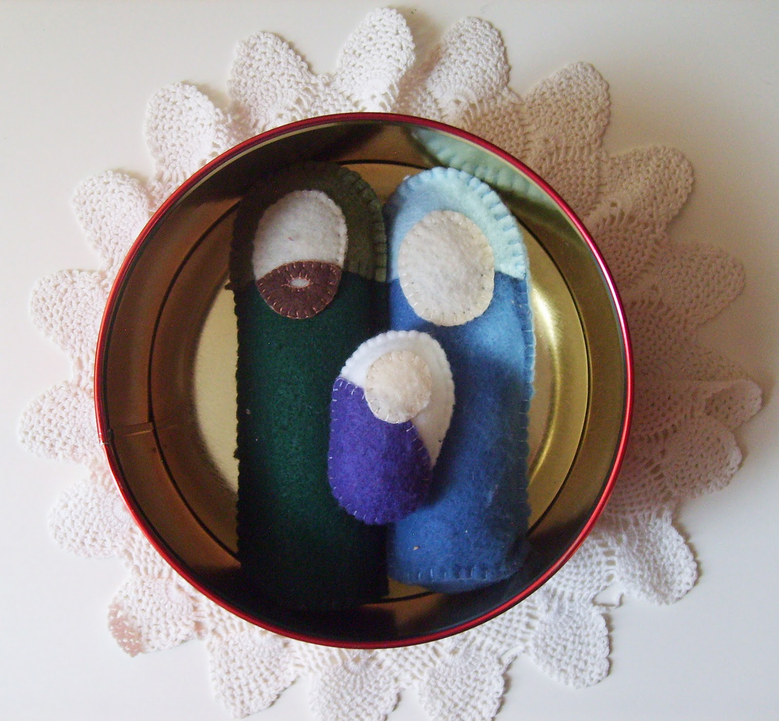 The Red Kitchen Squishy Felt Nativity With Magnets