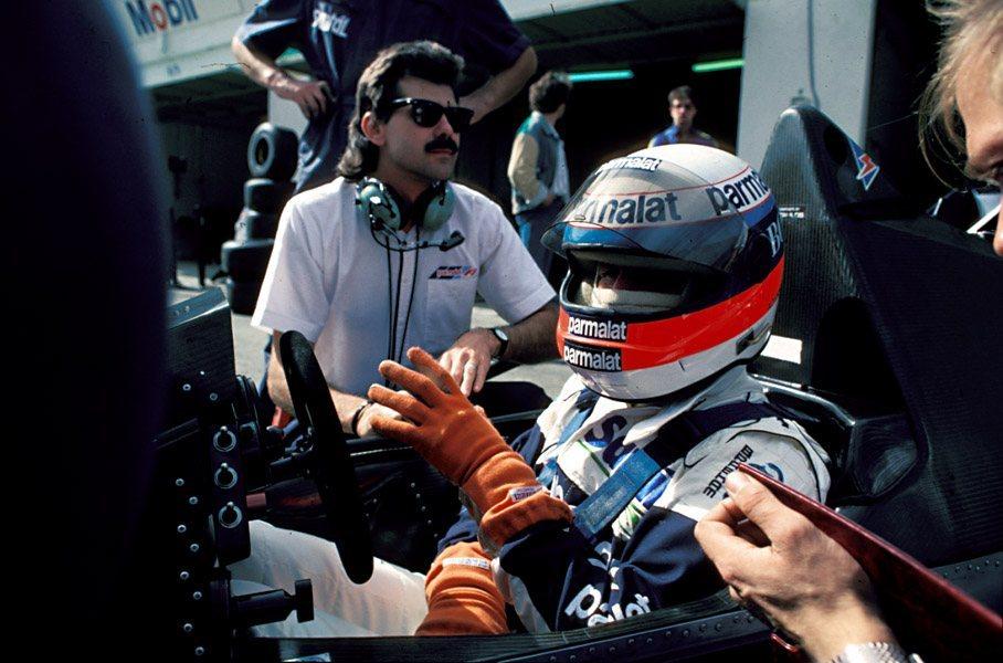alfa romeo de volta a f1 html with Gp Memoravel 2 Portugal 1984 on 0  EMI176041 10142 00 besides Alfa Romeo Storia Formula 1 Mondiale likewise Shell Na F1 moreover Kda 2k16 Sonoras Etp3 as well 0  EMI317172 17042 00.