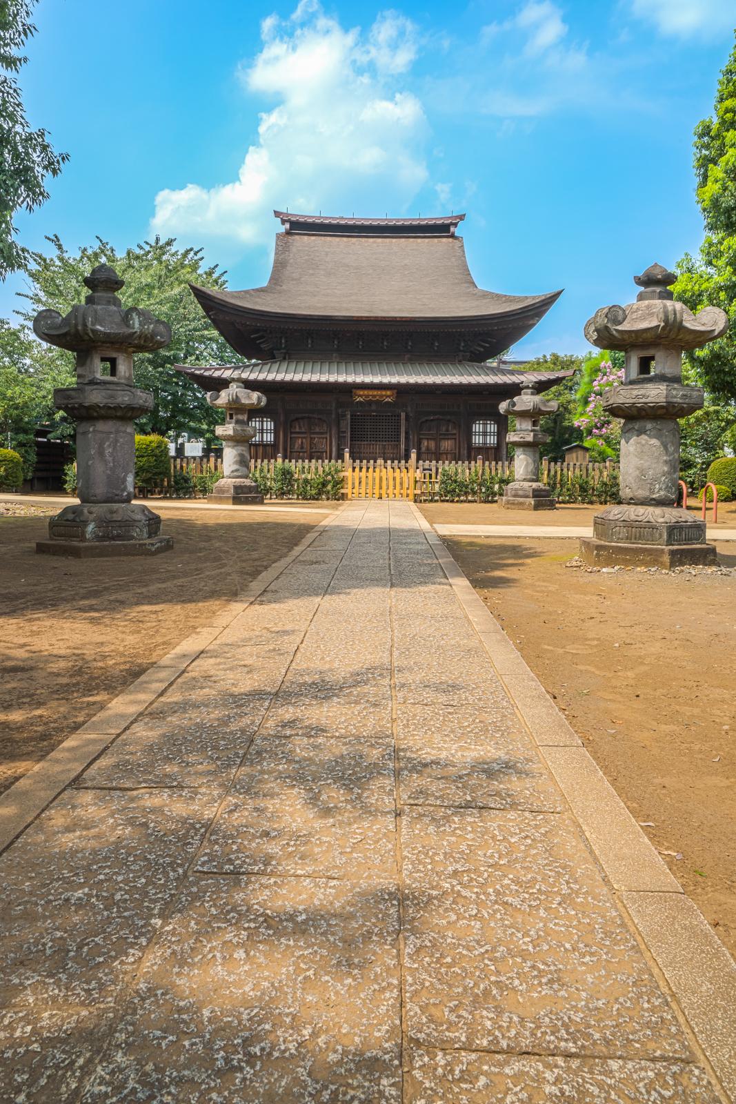 正福寺、地蔵堂へ続く参道の写真