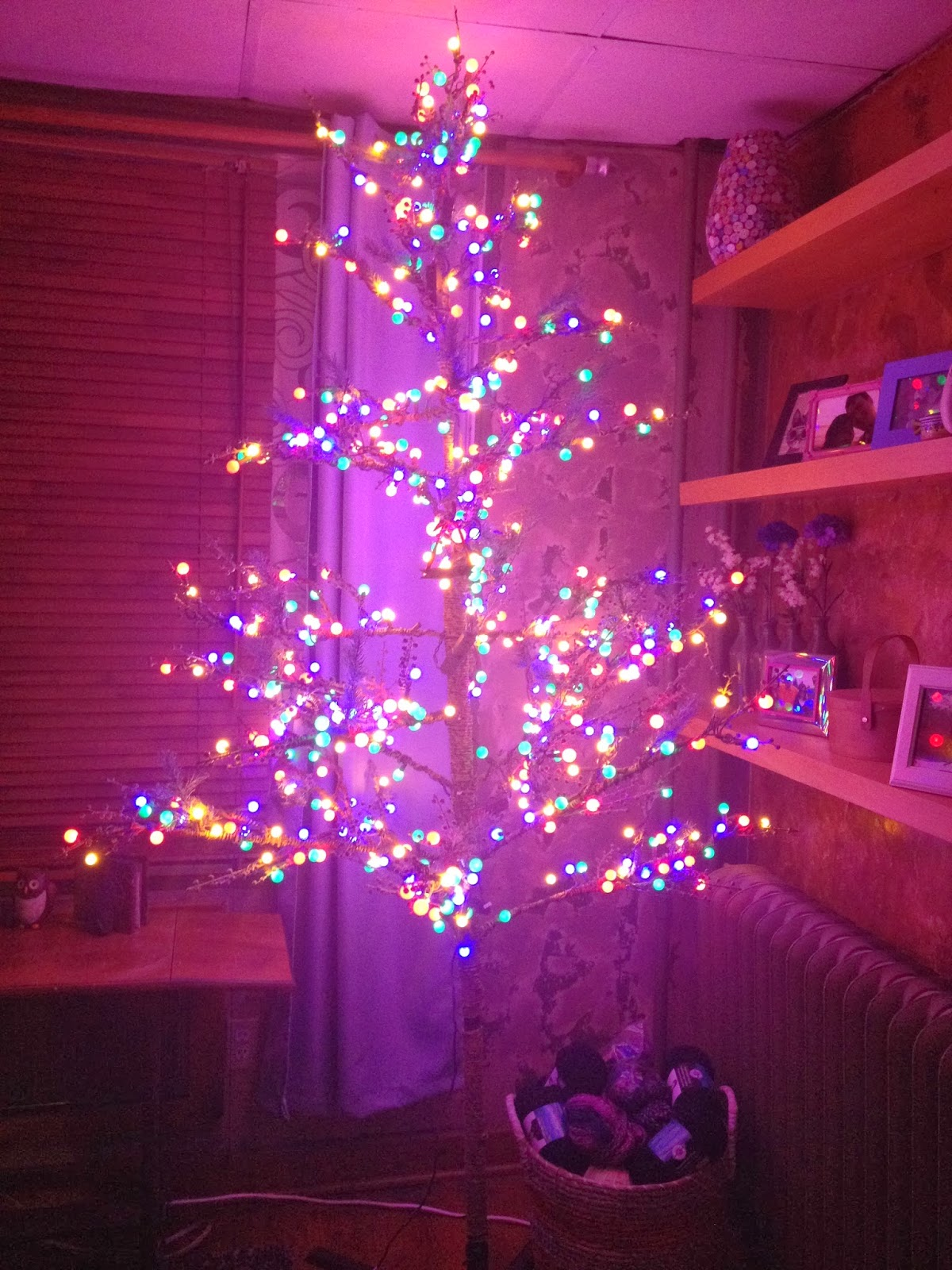 Can I Leave Our Christmas Tree Up Until Easter? - Ummm Now What