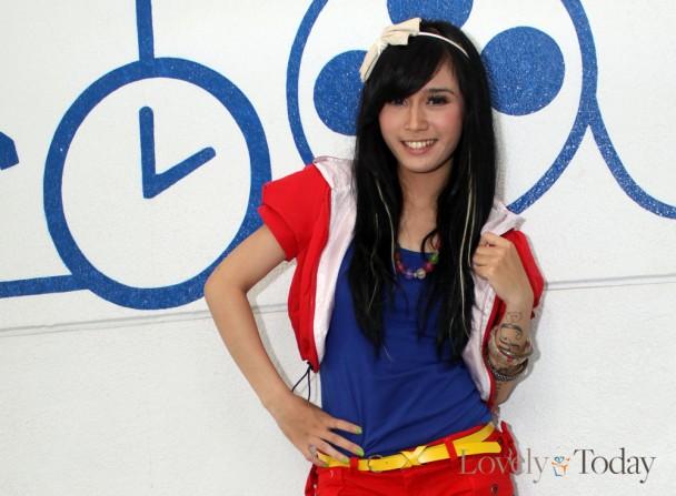 Biodata Dan Foto Personil Super Girlies : RESTU DEWI