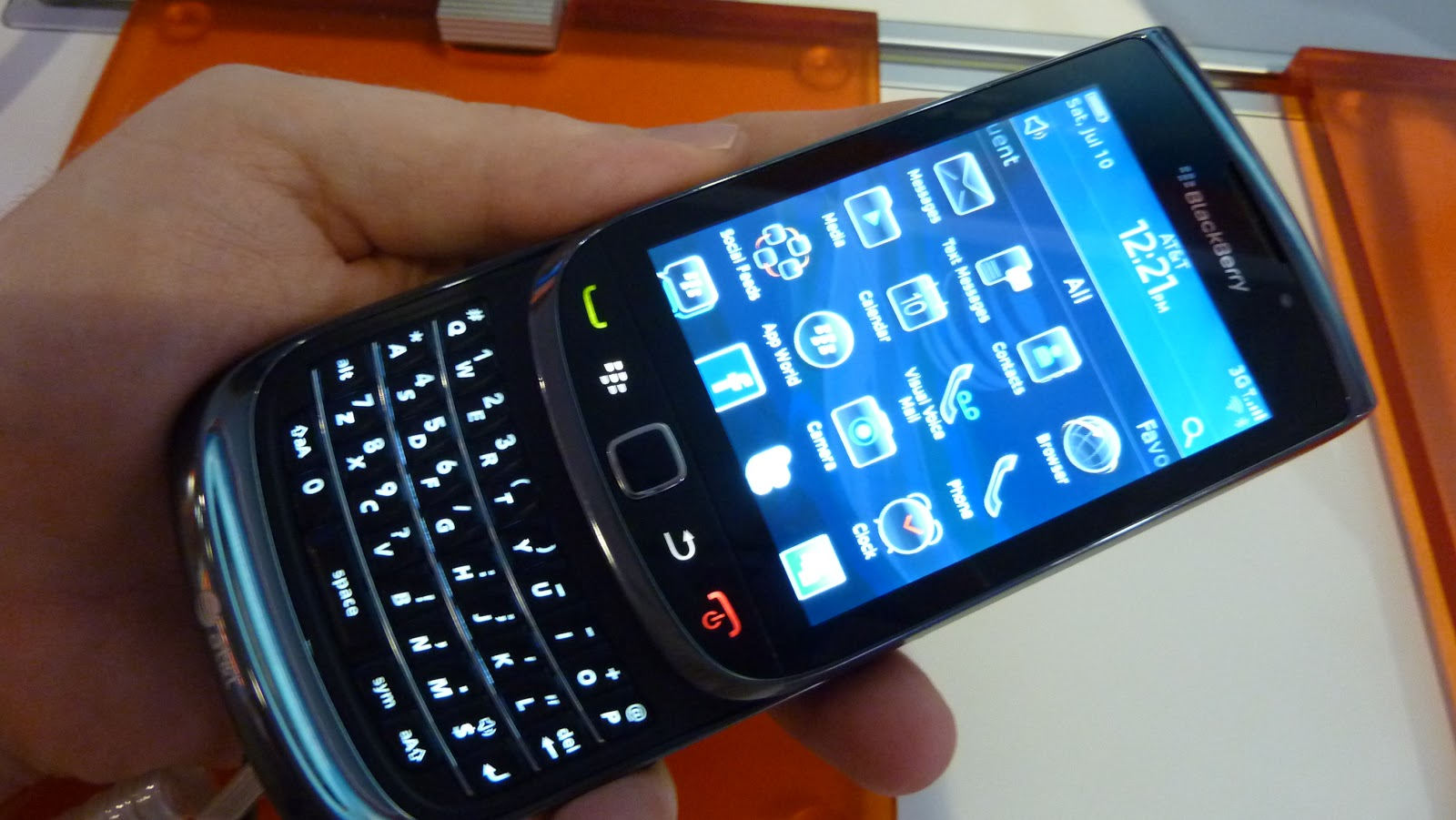 Imobile Phones Blackberry Torch 9800 FeaturesDemoReview