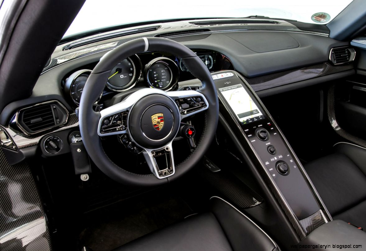 Porsche 918 spyder interior wallpaper gallery for Porsche 918 interieur