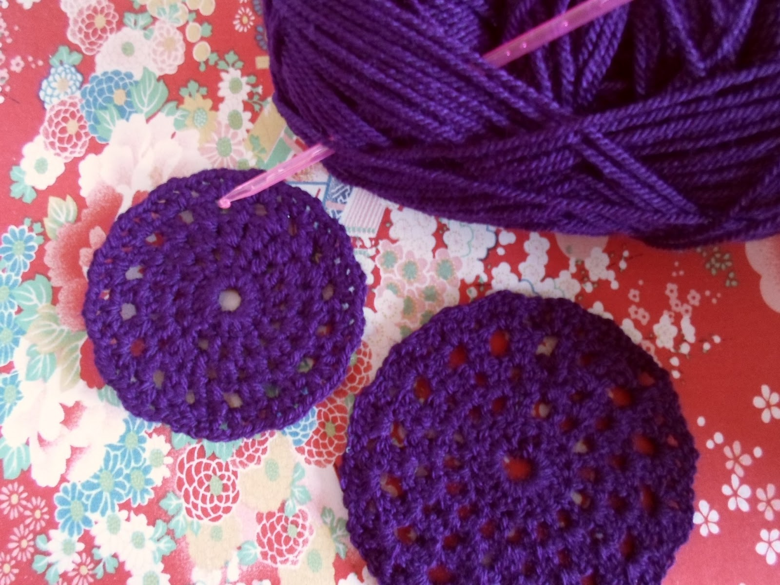 We Are Cute and Kitsch: Free crochet pattern: coaster with ...