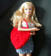 "3"" crochet heart shaped bag for Barbie"