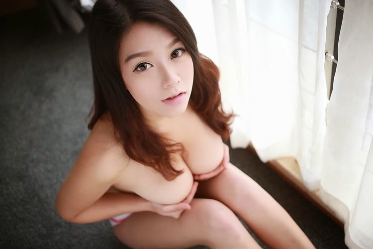 naked asian women 04