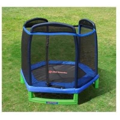 Jump mania trampoline