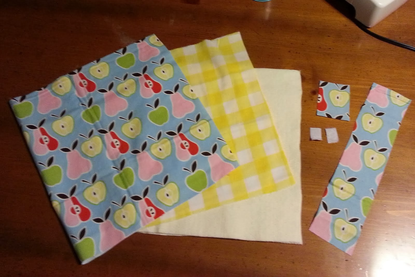 Busy Book Cover Tutorial ~ The busy bug life tutorial quiet book cover