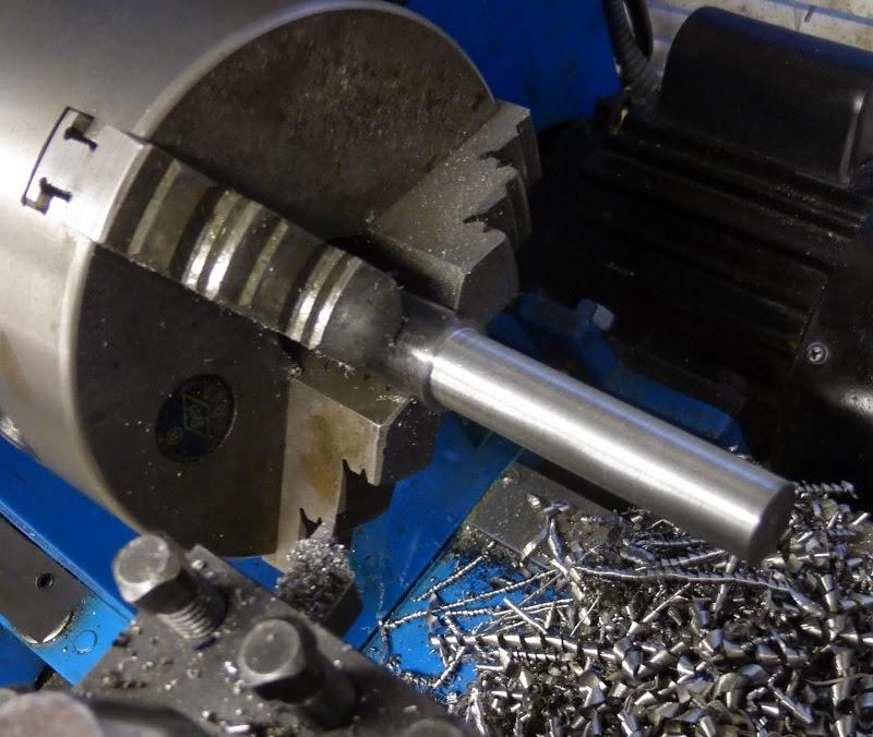 turning half inch diameter on rod