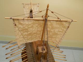 maqueta de barco del tiempo de los romanos