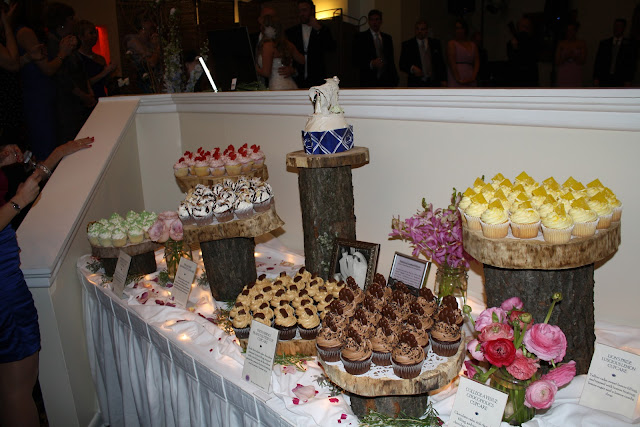 Little Tastes of Heavan Cupcakes - Toftrees Penn State Wedding - Splendid Stems Floral Designs