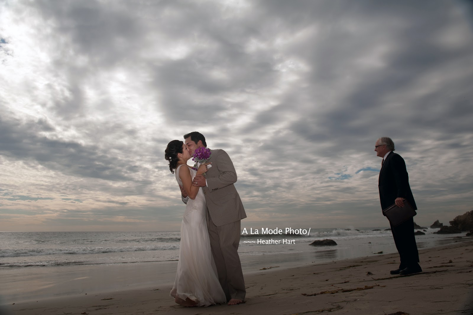 Best Wedding Officiant Los Angeles Santa Monica County