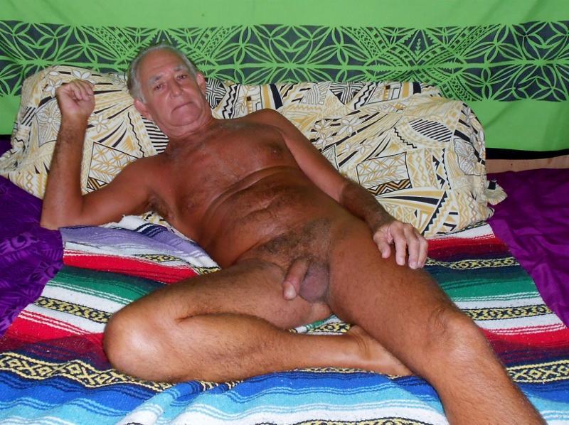 golie-vagini-seksualnie-devushki-na-foto-kiski