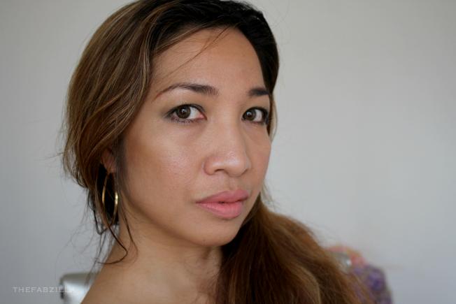 jennifer lopez makeup, contour kim kardashian, vita liberata trystal minerals self-tanning bronzing minerals, review, swatch, sun-kissed skin
