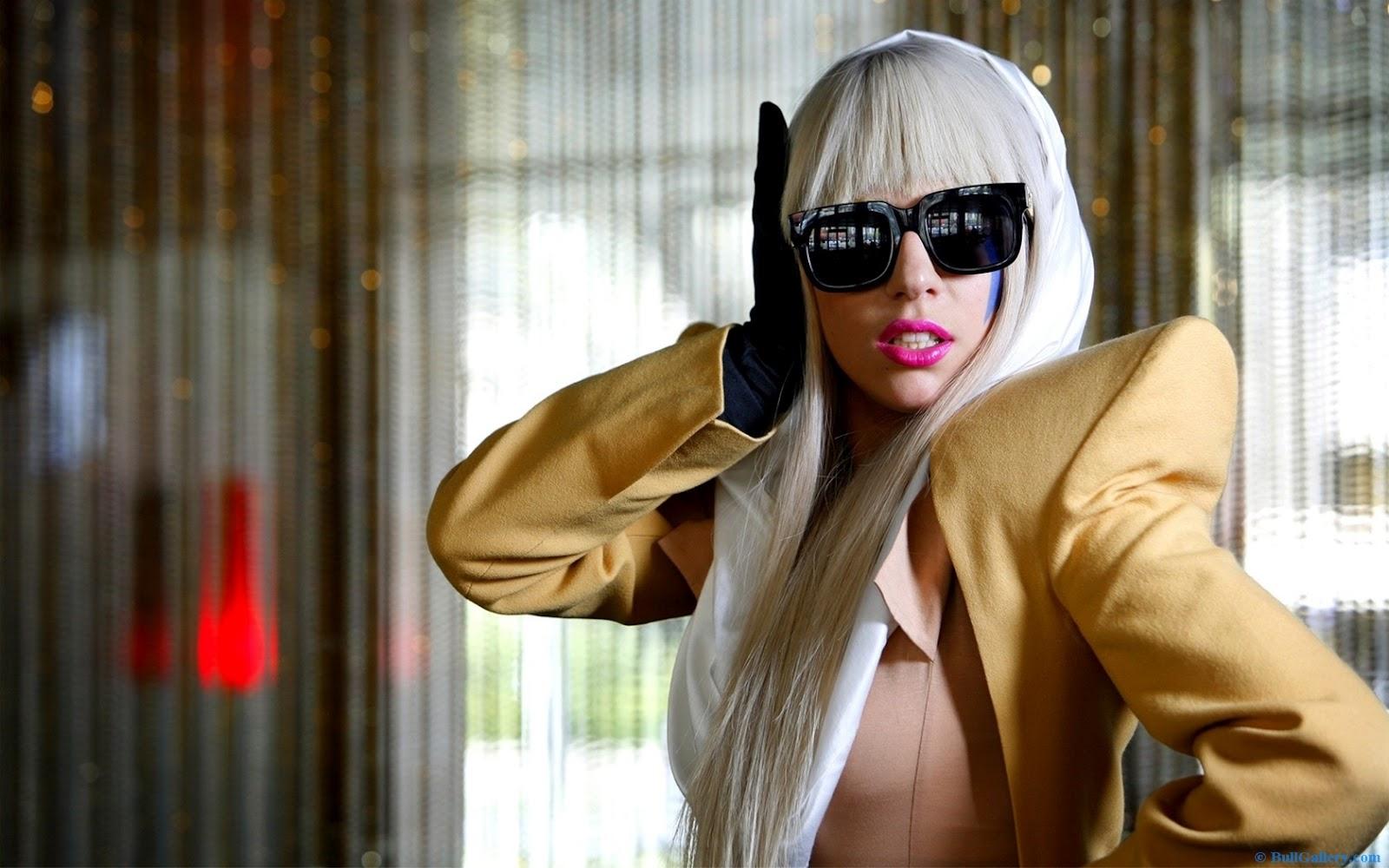 http://3.bp.blogspot.com/-JyyEBvRDdug/UGK2BcylY4I/AAAAAAAAEss/NNx6rnCsEWM/s1600/Lady-Gaga-Glasses.jpg