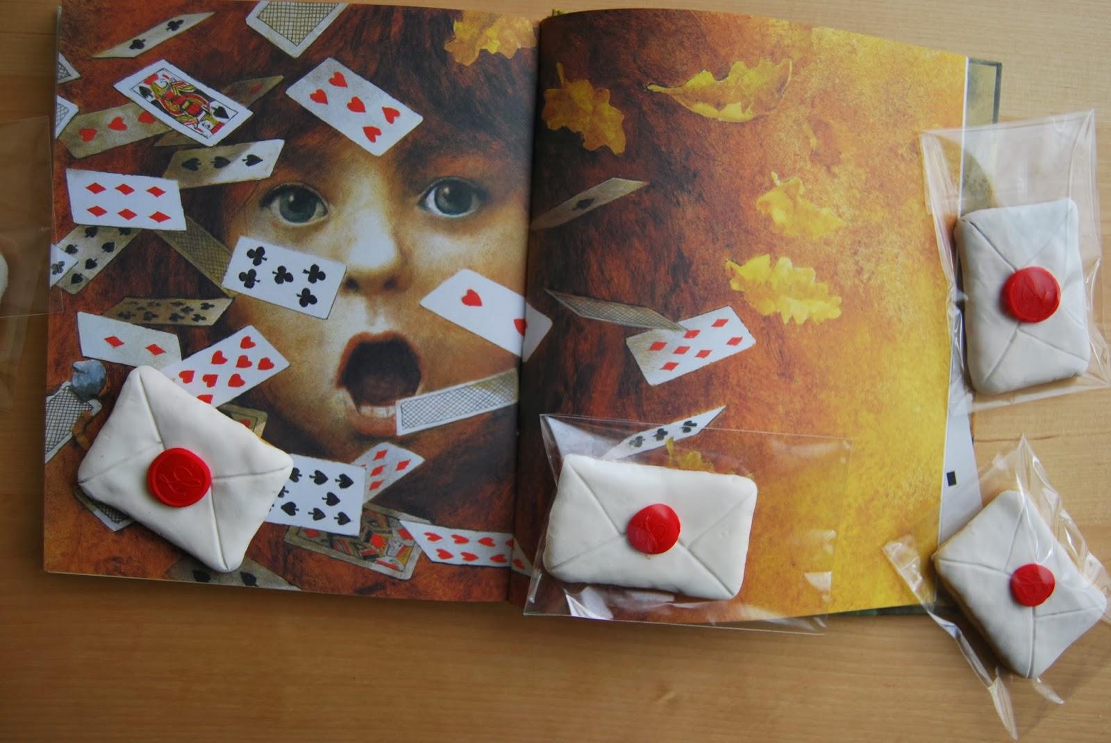 http://sosunnyblog.blogspot.com.es/2014/02/cartas-para-alicia-letters-to-wonderland.html