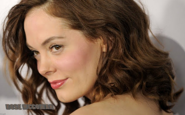 Rose McGowan Biography and New Photos 2011