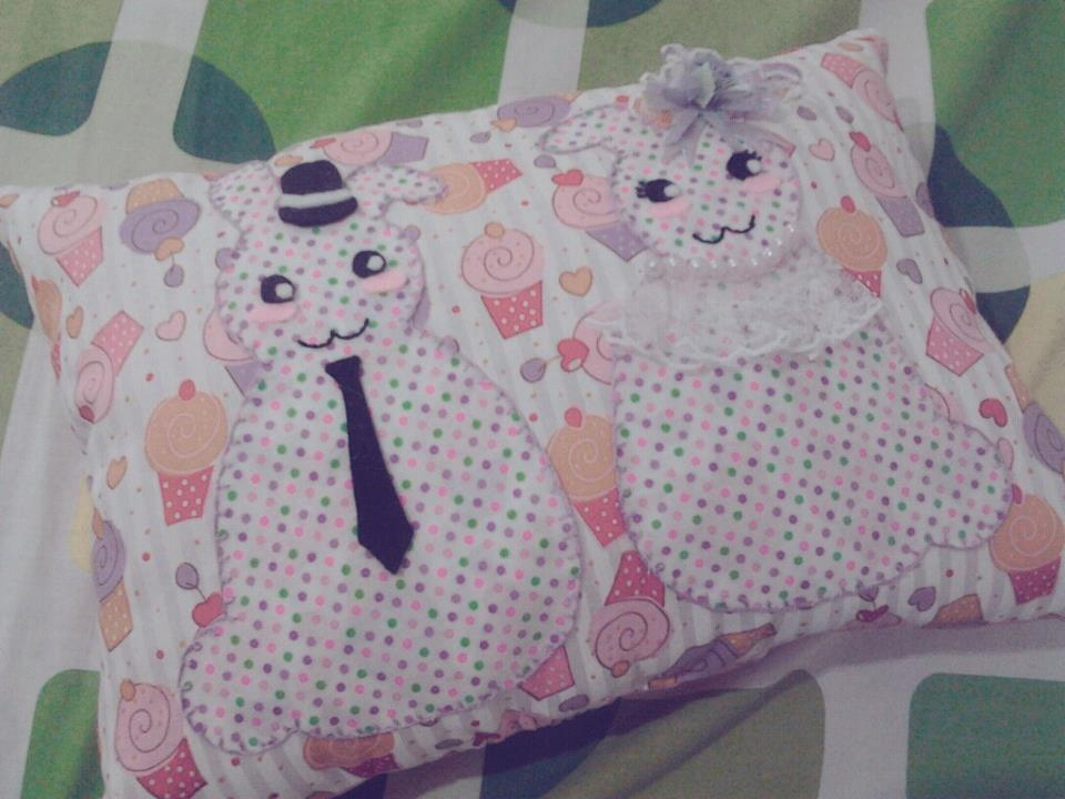 Good Morning Everyone Tunggu Aku : Aina s room cute applique mini pillow