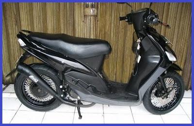 Modifikasi Yamaha Mio Sporty_Racing Blac Rider - Kumpulan Gambar Modifikasi Motor.jpg