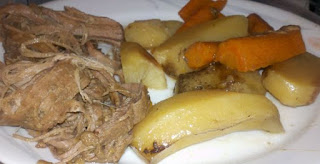Perfect crock-pot roast, how to cook roast in the crock-pot, how to cook roast in the slow cooker, Sunday dinner ideas, slow cooker meals, crock-pot dinners