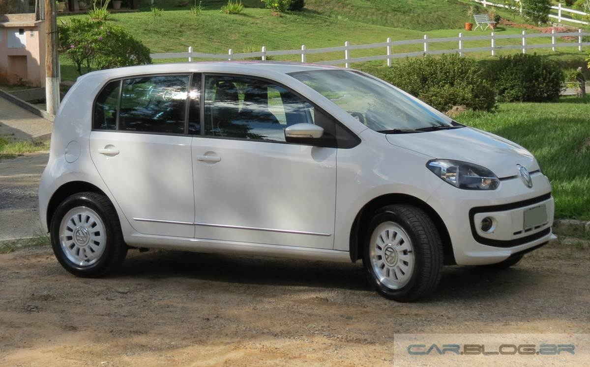 Volkswagen up! I-motion 2015 - teste